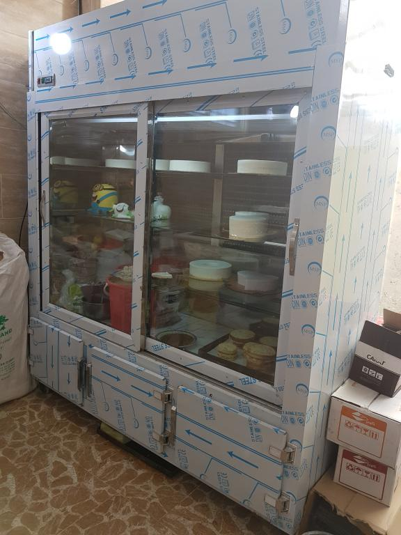 یخچال ایستاده در انواع طرح مخصوص کارگاه قنادی